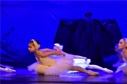 【上海站】华艺星空·乌克兰基辅儿童芭蕾舞团《天鹅湖》